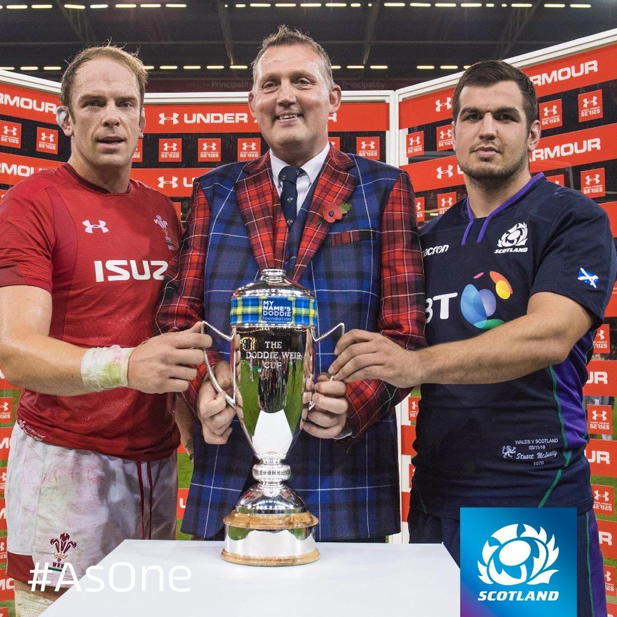 Doddie Weir Cup - Alun Wyn Jones & Stuart McInally