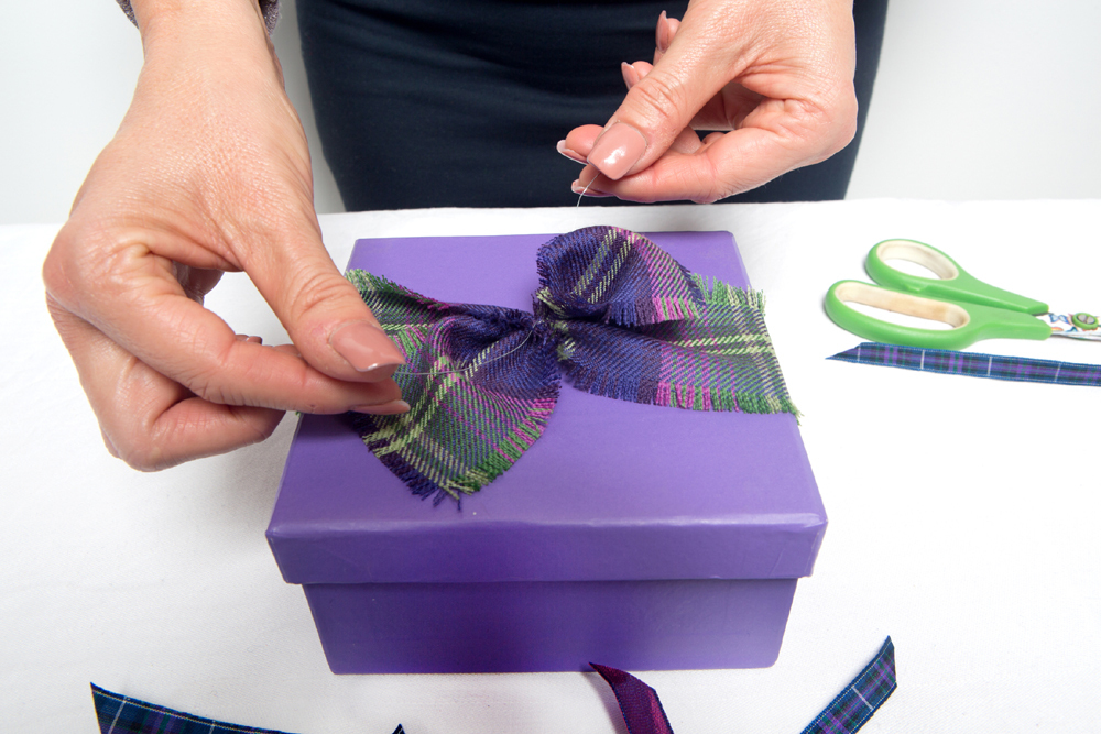 Tartan Inspired Gift Wrap - Box Decoration | ScotlandShop