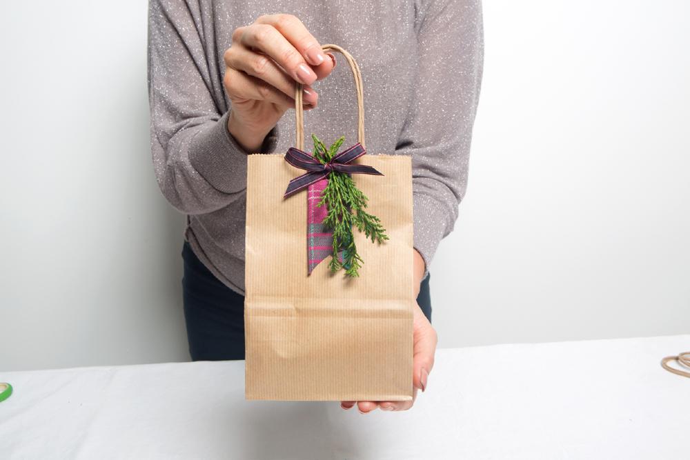 40fe5c6d550a Tartan Inspired Gift Wrap - Gift Bag Arrows