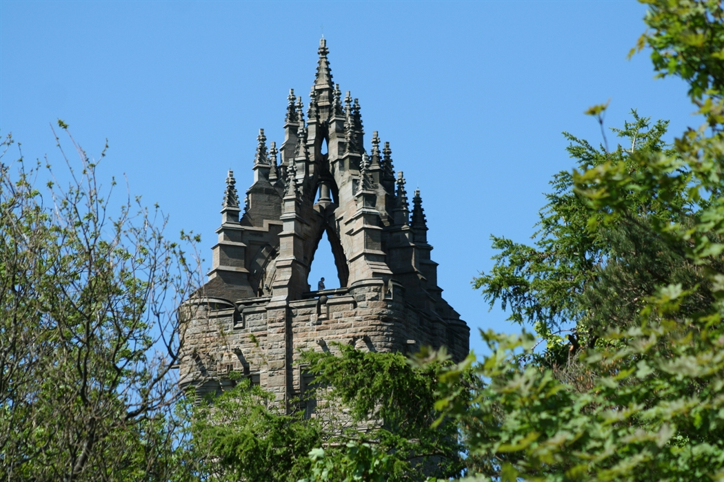 Stirling Wallace Monument