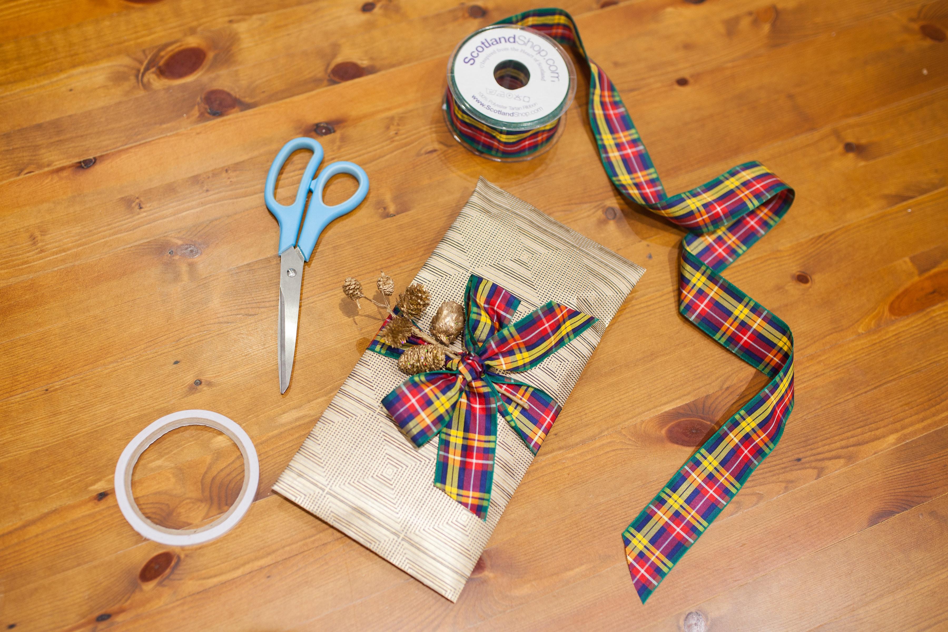Tartan ribbon giftwrap