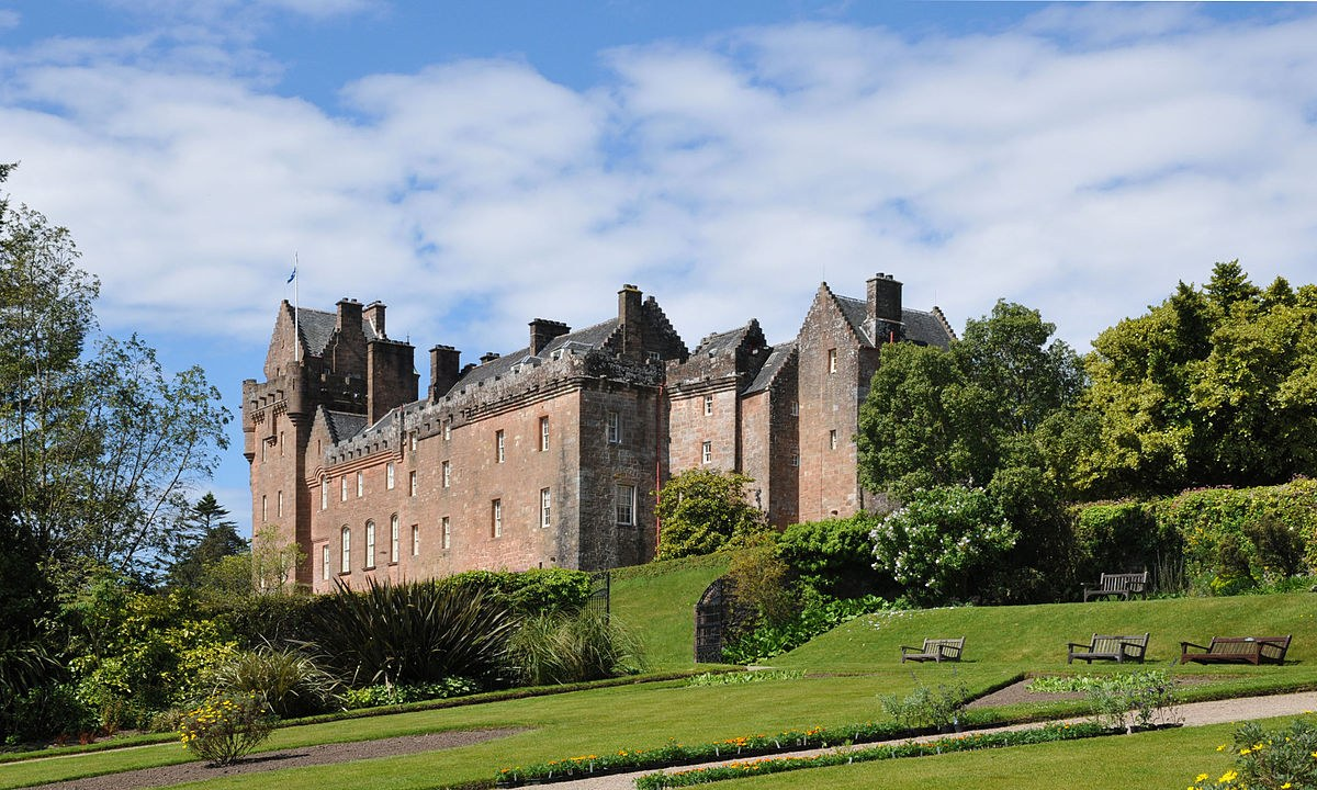 The Story of Brodick Castle