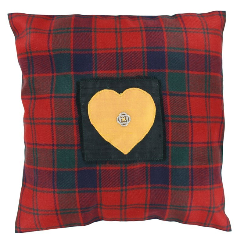 Housse de coussin I love tartan in Robertson Red Modern