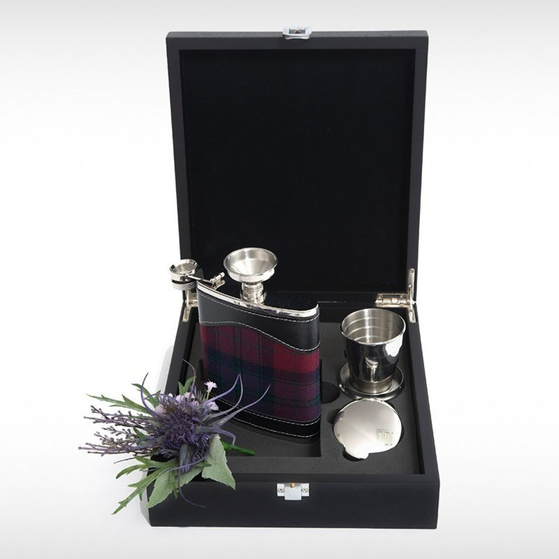Hip Flask Set in Pride of Scotland Autumn