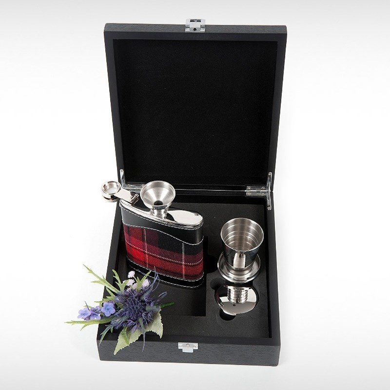 Hip Flask Set in Pride of Wales