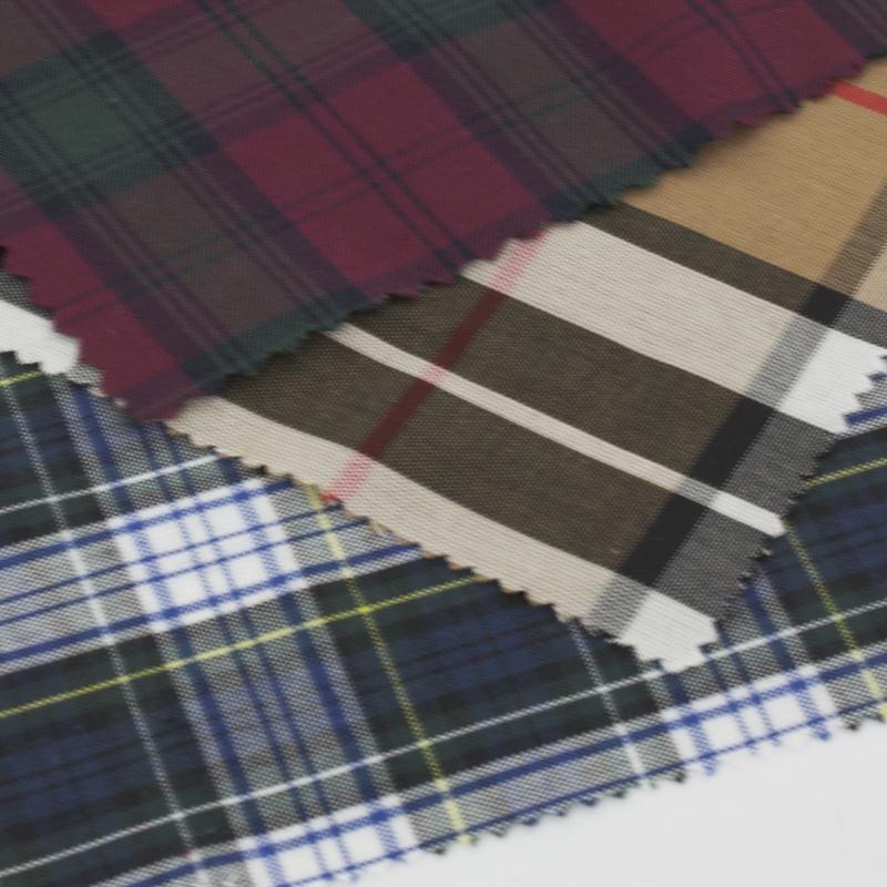 Echantillon de tissu polycoton ecossais