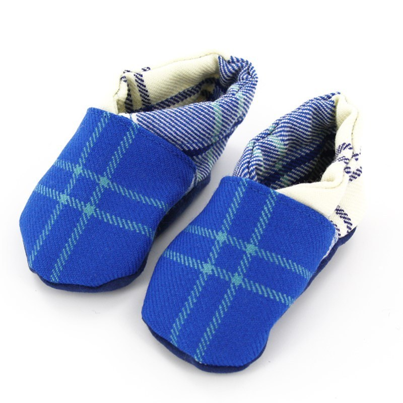 Zapatos de Bebe en Tartan in Ailsa Royal Blue BCH061