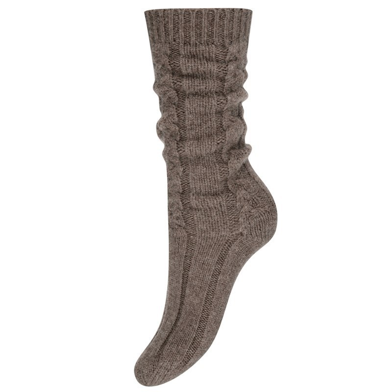 Women's Cable Knit Cashmere Bed Socks in Otter Brown