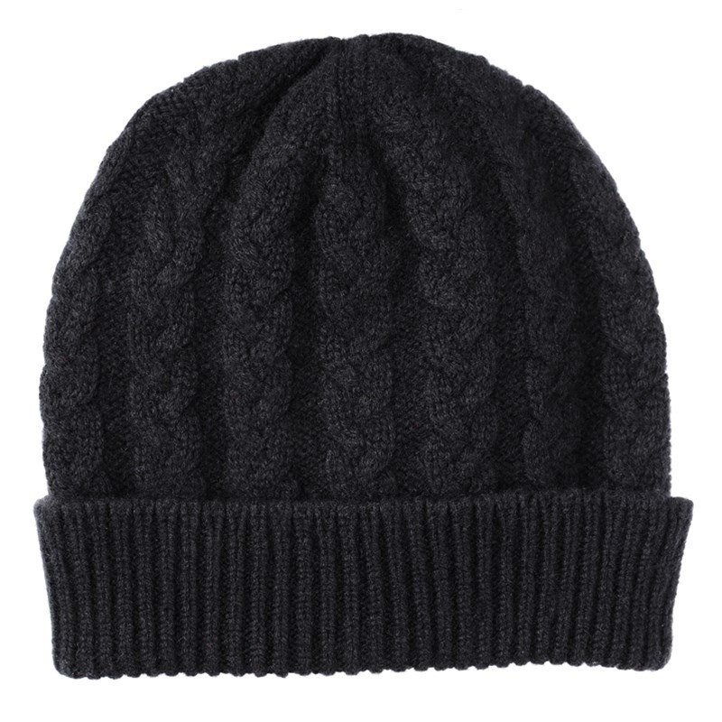 Cable Knit Cashmere Beanie in Black