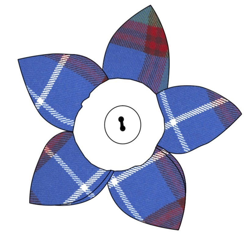 Tartan Petal Brooch in Edinburgh
