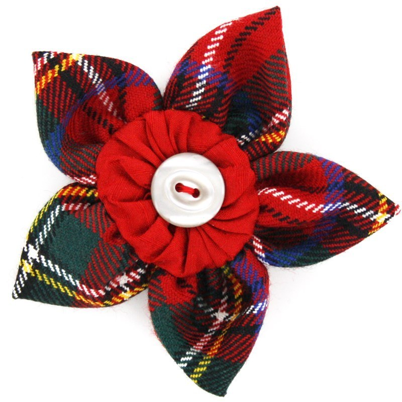 Tartan Petal Brooch in Stewart Royal