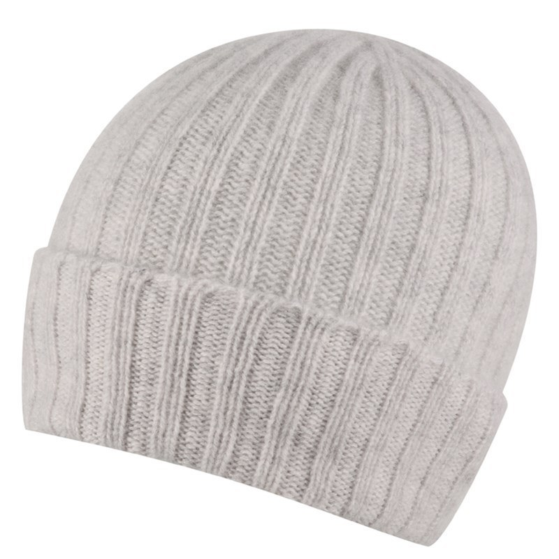 Broad Ribbed Cashmere Hat in Lightest Grey