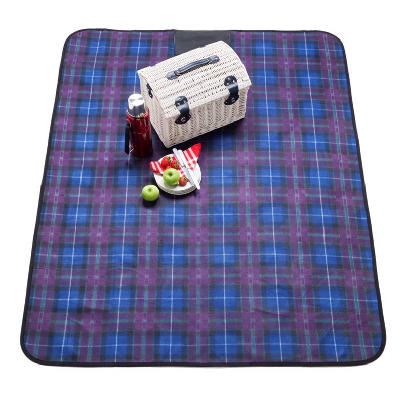 Waterproof Backed Tartan Picnic Rug Up To 500 Tartans