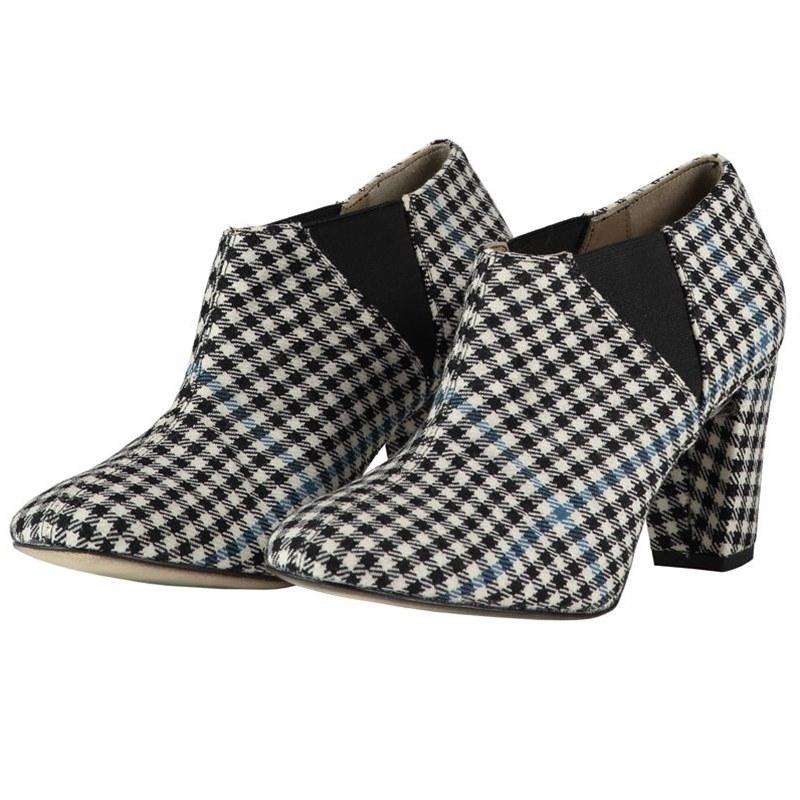 Women's Tartan Boots - Block Heel in Buccleuch Modern