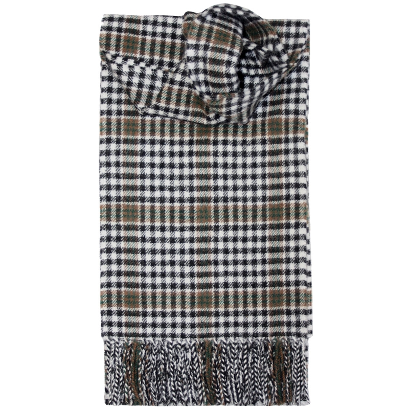 Brushed Wool Tartan Scarf in Burns Check Modern