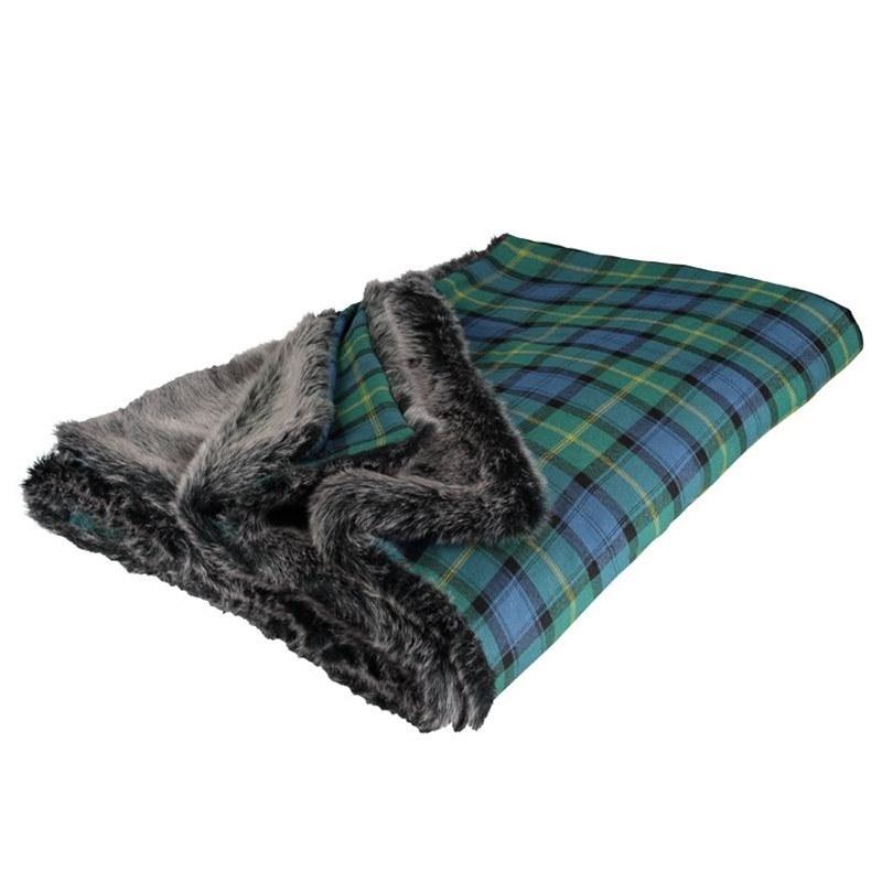 Gordon Clan Ancient Faux Fur Backed Tartan Throw 2