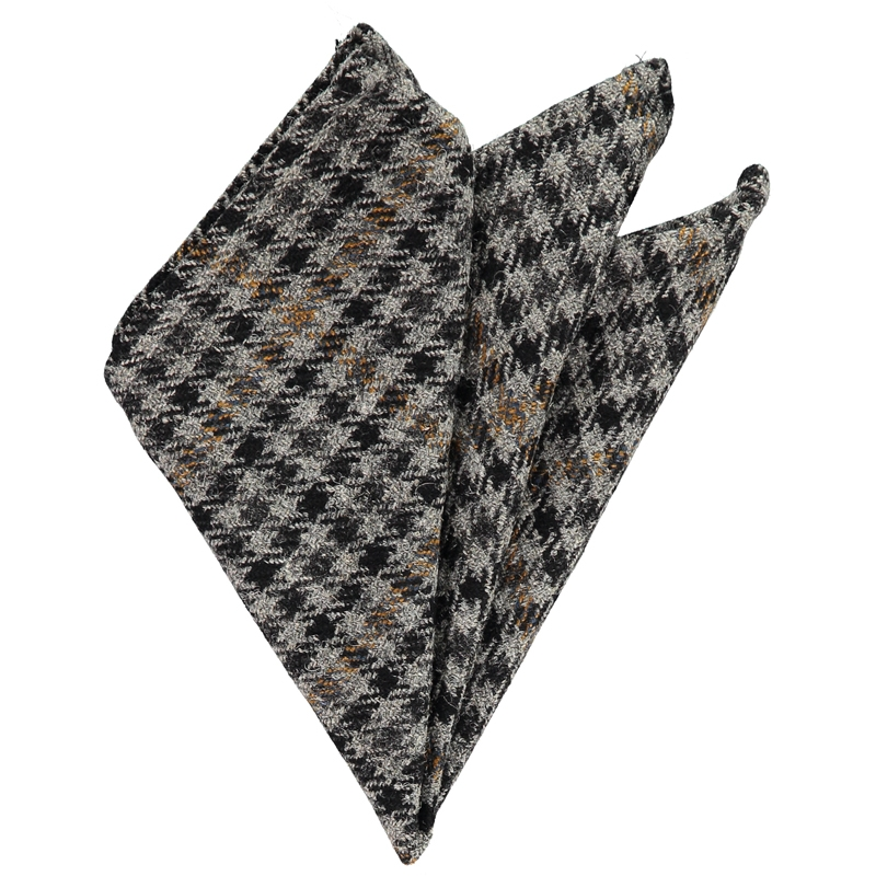 Plaid Wool Pocket Square in Kirkton Grey Tweed Check 580
