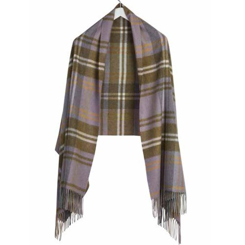 Luxurious Tartan Cashmere Stole in Findrassie