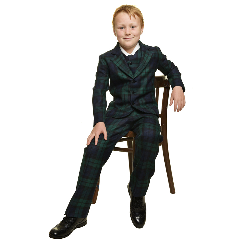 Harry Suit Seated 800